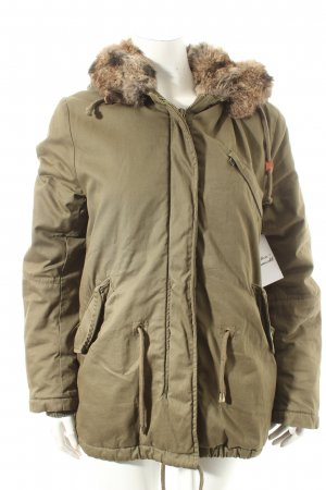 IQ+ Berlin Parka khaki Street-Fashion-Look
