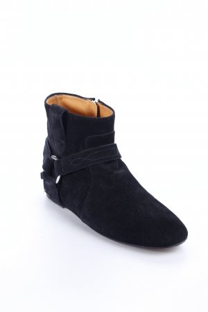 Isabel Marant Boots black street-fashion look