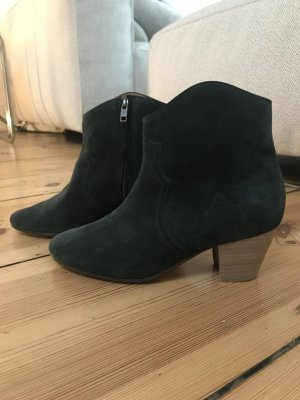 Isabel Marant Dicker Boot Faded Black