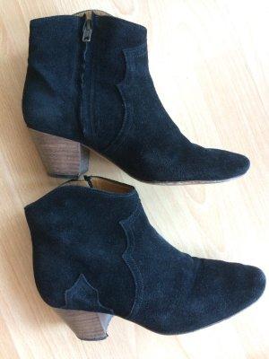 Isabel Marant Étoile The Dicker Ankle Boots aus Veloursleder Größe 37