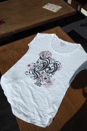 It's summertime :) Neues, ungetragenes T-Shirt von PEPE Jeans London, Grösse S