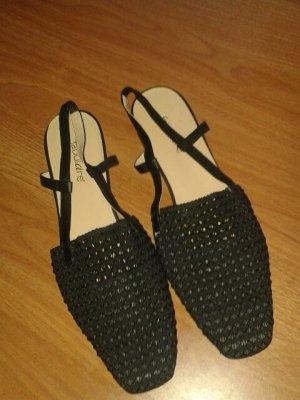 Italienische Sandalen mit geflochtener Spitze