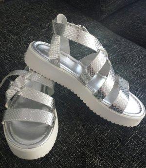 Italienische Sandalen silber Schlange Größe 37 trendy Sommer bequem