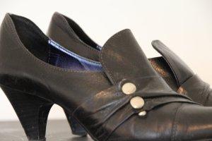 Italienische Schuhe - perfekt für schmale Füße