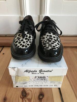 Italienische schwarze Lackschuhe mit Dalmatinermuster von Alfredo Giantin in Größe 37,5