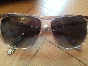 Italienische Sonnenbrille in grau mit feinen Goldlinien