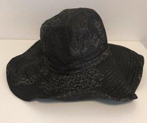 Italienischer Designer Hut