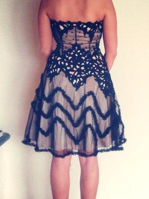 Italienisches Designer Kleid von unique schwarze spitze Champagner