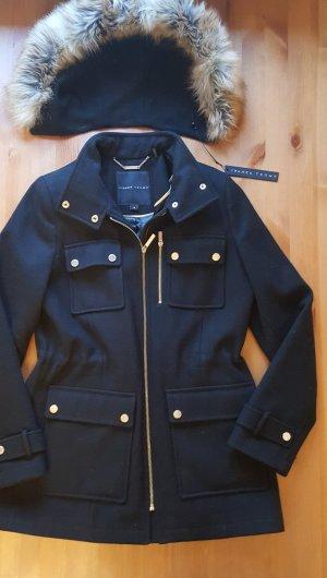 Ivanka Trump Jacke Winterjacke Größe 4 schwarz mit Kunstfell