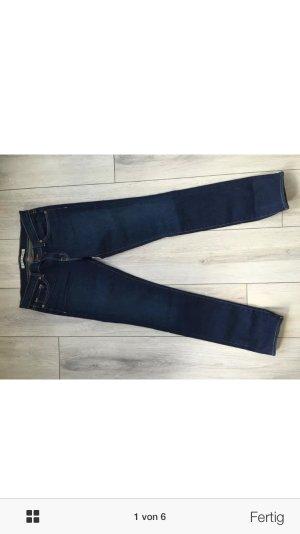 J Brand skinny demin dark blue 27 neu