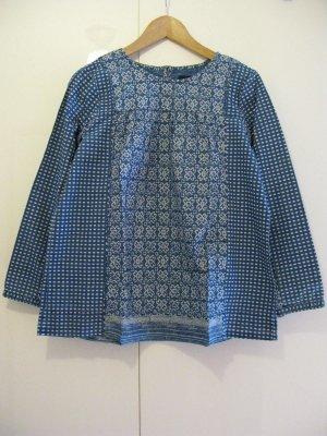 J.Crew – blaue gemusterte Tunika-Bluse