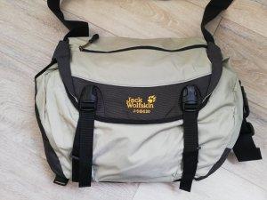 Jack Wolfskin kompakte & robuste Collegetasche/Laptoptasche in blassgrün/beige/braun