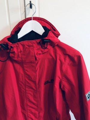 Jack Wolfskin Regenjacke in Rot