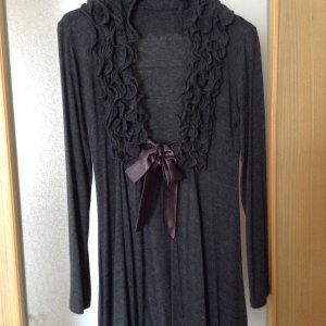 Chaqueta estilo camisa gris oscuro