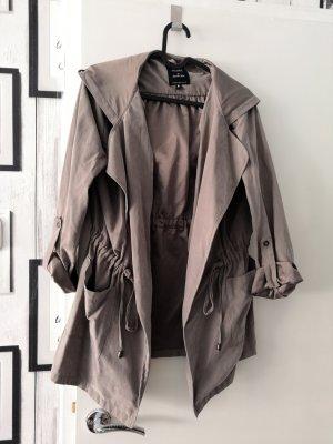 Jennifer Taylor Piumino marrone-grigio