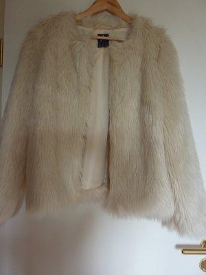 Jacke aus Fellimitat Größe 40