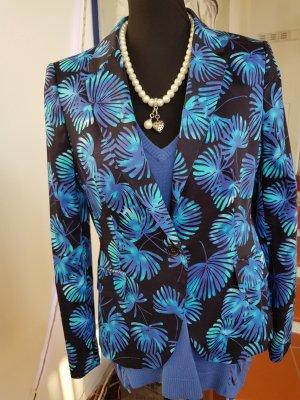 Jacke Blazer mit Pullover + Kette