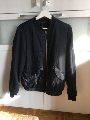 Jacke/Bomberjacker dunkelblau Gr L von Zara aus Stockholm