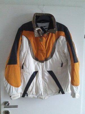 Jacke der Marke Sportalm
