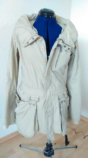 Jacke Fornarina Gr 38 mit raffinierten Details, Farbe hell beige
