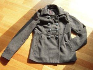 Jacke grau mit Kapuze abnehmbar