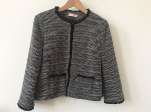 Jacke im Chanel-Stil von Stefanel