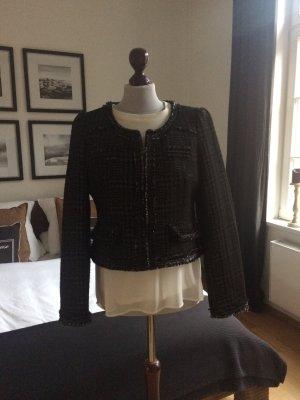 Jacke im Chanel-Stil von ZARA