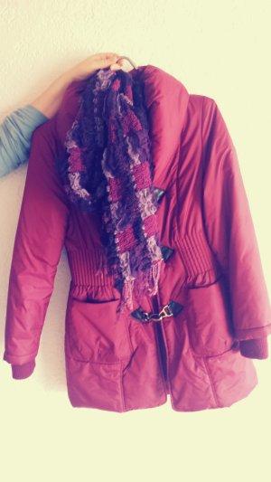 Jacke in rot inkl Schal