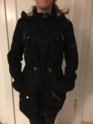 Jacke in schwarz / pimkie