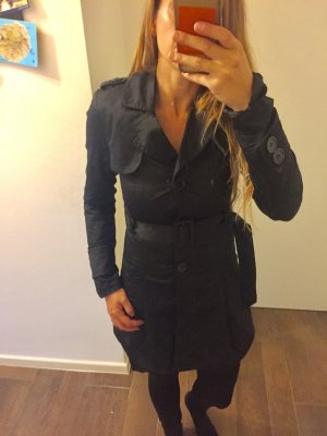 Jacke Mantel Parka Trenchcoat schwarz lang mit Gürtel langärmlig