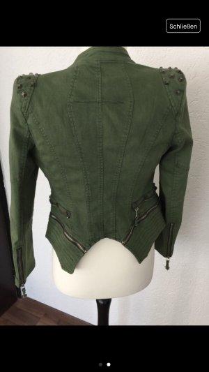 Jacke mit Nieten grün