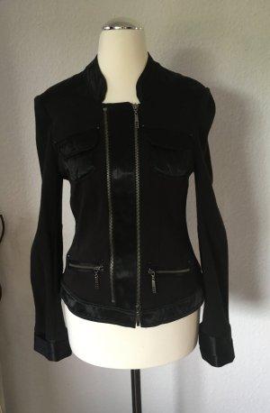 Jacke mit Reißverschlussdetail