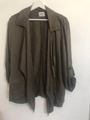 Jacke mit Wasserfallkragen