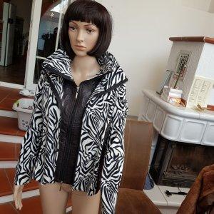 S. Milton Sports Jacket white-black