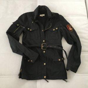 Jacke von FAME viele Zipper und Taschen, Bikerstil angedeutet