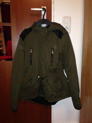 Jacke von Zara in grün