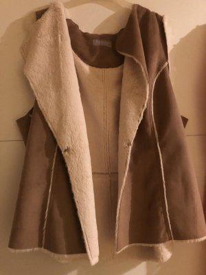 Smanicato di pelliccia marrone chiaro-bianco sporco