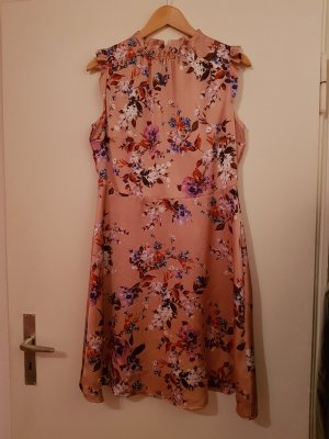 Jake*s Sommerkleid rosa mit Blumen von P&C