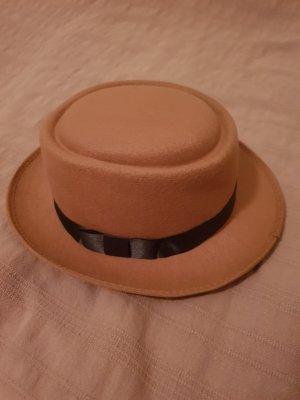 Hat black-beige