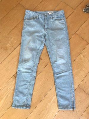 H&M Pantalón tobillero azul celeste