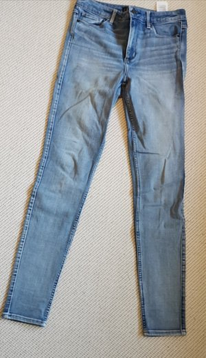 Jeans Abercrombie and Fitch 28