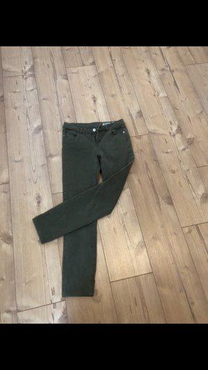 Review Tube jeans khaki