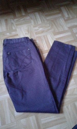 Jeans beere Gr.36 Cheer neuwertig