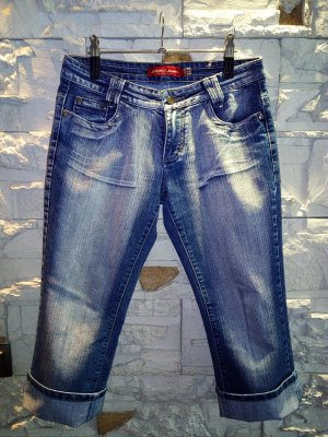 Jeans Bermudas in gr 31 Farbe Blau