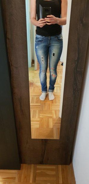 Jeans Bershka Größe 36