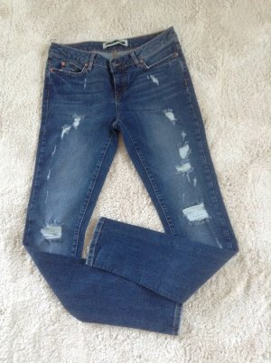 Jeans / blau / Gr. 36 / NEU
