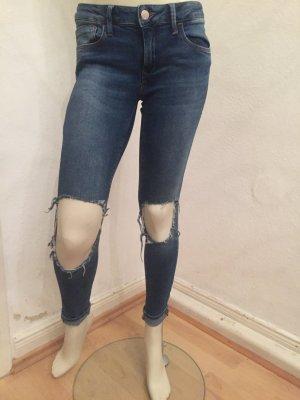 Jeans blau (Mavi) Gr.26 zerrissen