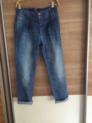 Jeans blaub im Boyfriendlook
