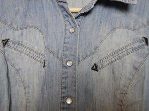 Gina Tricot Blouse en jean bleu azur coton