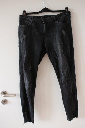 Jeans Destroyed Schwarz